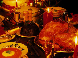 Classic Thanksgiving meal costs down